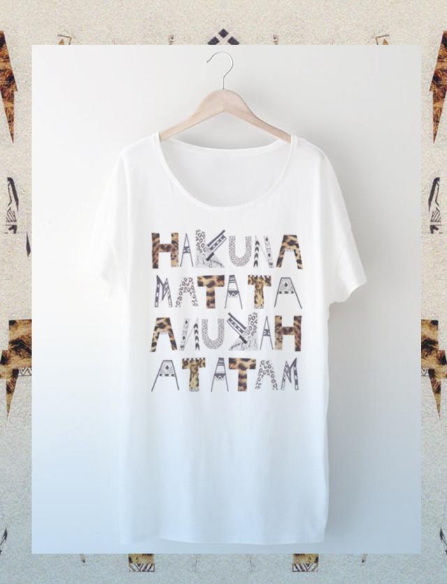 Hakuna-matata-tee-fashion-clothing-designer-typography-topshop-urban-outfitters-stylish-hipster-LionKing-leopard-animal-print-LFW-NYC-freelance-prpject-how-to-create-tutorial-appareal-american-rubu-dzainas-display