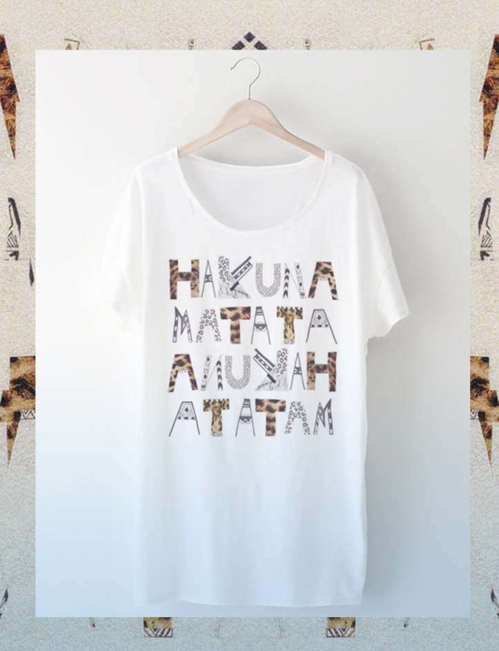 Hakuna-matata-tee-fashion-clothing-designer-typography-topshop-urban-outfitters-stylish-hipster-LionKing-leopard-animal-print-LFW-NYC-freelance-prpject-how-to-create-tutorial-appareal-american-rubu-dzainas-display