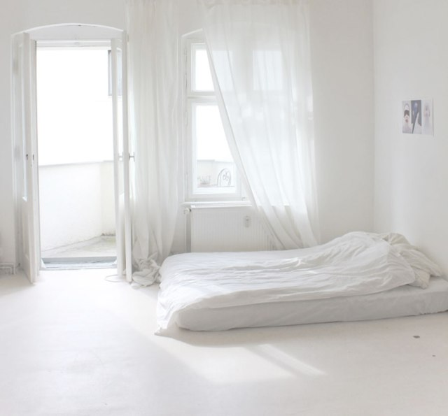 room-interior-dorm-white-cosy-cool-love-pillow-ikea-