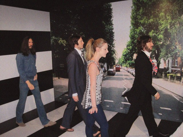 the-beatles-beatles-wax-museum-amsterdam-photography-cool-picture-