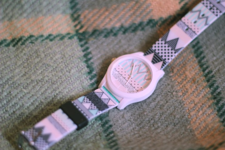 wysiwatch-watch-design-fashion-style-trend-pastel-aztec-navajo-product-design-cool-zogzsgchevron-topshop-urban-outfitters-vasare-nar-gift-idea-summer-style--