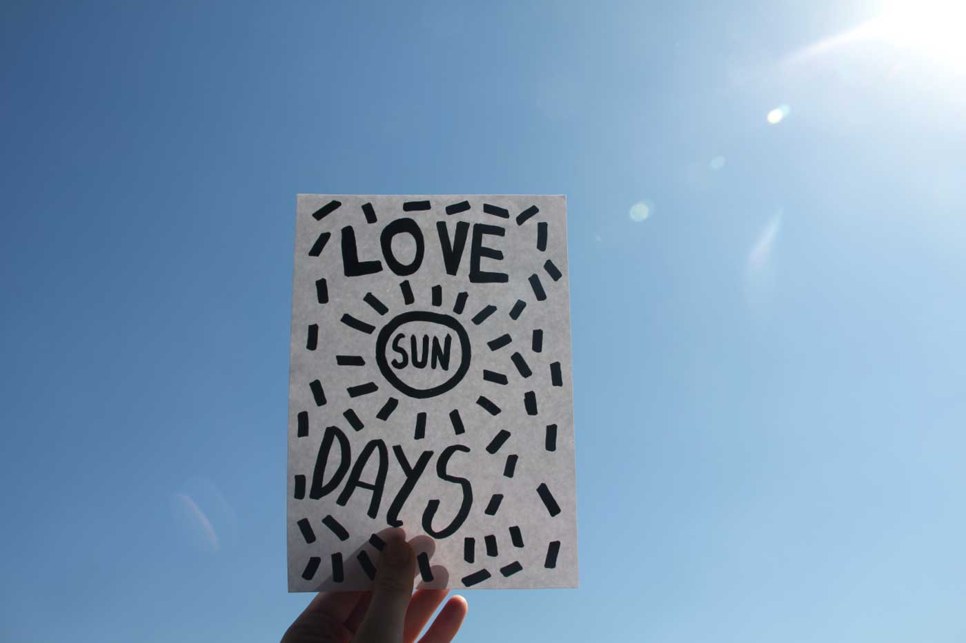 sunny-days-typography-illustration-vasare-nar-summer ...