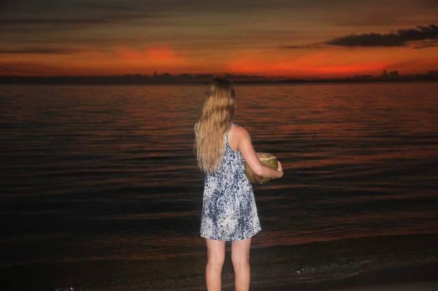 vasare-nar-coconut-cambodia-sihanoukville-otres-beach-cambodia
