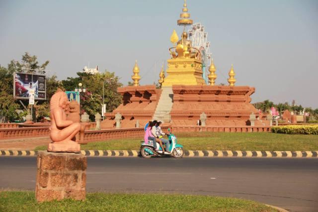 phnom pehn cambodia travelling