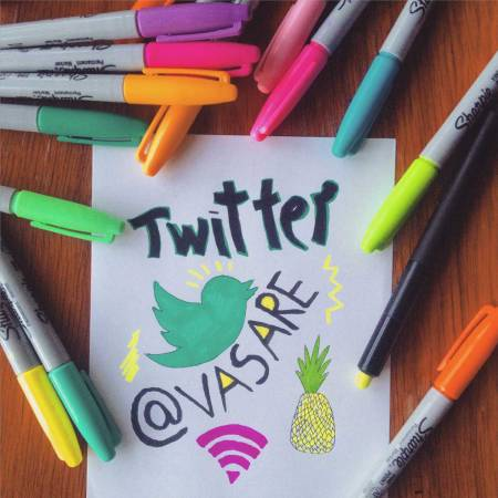 Twitter-promotion-promo-social-media-sharpeis-illustrator-designer-popular-networking-twitter-followers-drawing-logo-vasare-nar-art-